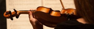 violin-sheet-music-detail-2_1900x600.jpg